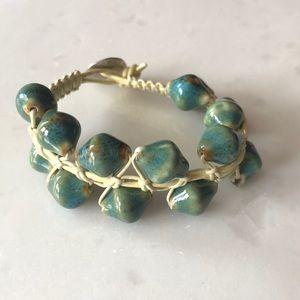 Jewelry - | nwot | Seashell Bracelet